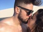 Smack! Famosos comemoram Dia do Beijo com... beijos