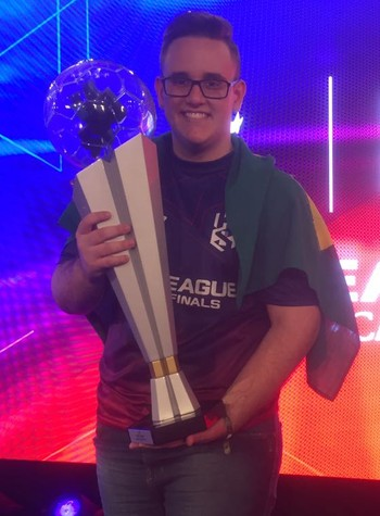 """Paulista Guiherme """"GuiFera"""" Fonseca é o primeiro brasileiro campeão da PES League  (Foto: Chandy Teixeira)"""