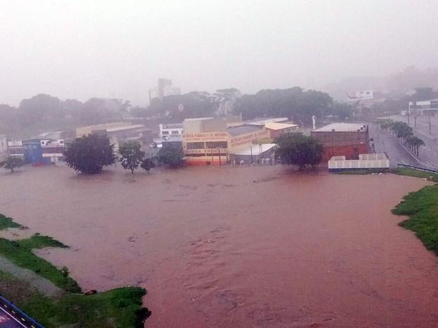 Região da Avenida Norte-Sul em Campinas alagada após temporal (Foto: Marcelo Nogueira/Arquivo pessoal)