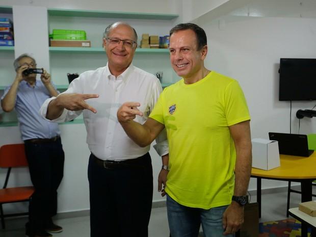 Alckmin e João Dória votam em prévia do PSDB em SP (Foto: Nelson Antoine/FramePhoto/Estadão Conteúdo)