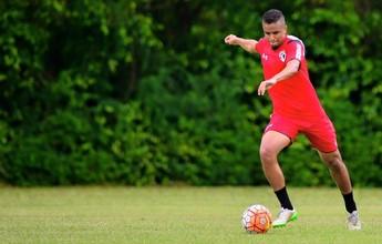 Zagueiro formado no São Paulo fica sem contrato após 11 anos de clube