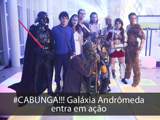 Cabunga! Participantes entram no clima da festa e aparecem fantasiados (Foto: Raphael Dias/TV Globo)