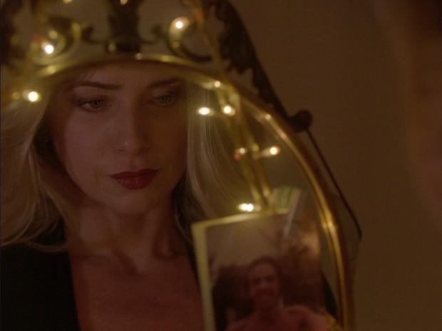 Letícia Spiller revela que é amiga de longa data de Moska e adorou participar do clipe (Foto: Reprodução)