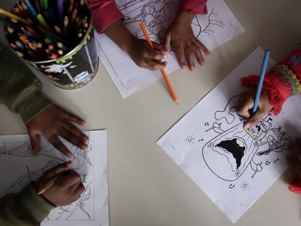Crianças em abrigo da Zona Sul de São Paulo (Foto: Caio Kenji/G1)