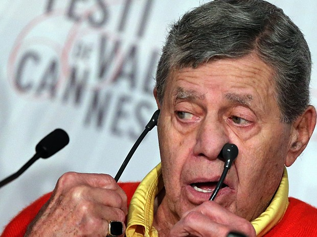 23/05/2013 -  O comediante Jerry Lewis divulga o filme 'Max Rose', no Festival de Cannes. (Foto: AFP PHOTO/LOIC VENANCE)