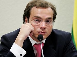 Lúcio Funaro em depoimento à CPI dos Correios, em 2006 (Foto: Dida Sampaio/Estadão Conteúdo)