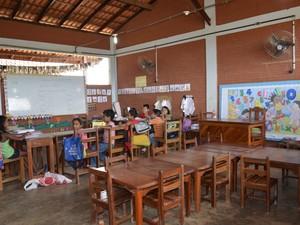 Sala de aula multisseriada na Escola Campina Grande (Foto: Maiara Pires/G1)