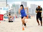 Amandha Lee mostra o treino de futevôlei que a ajudou a perder 26 quilos