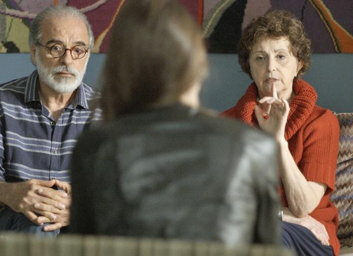 Genézio interpreta o professor aposentado Oswaldo (Foto: TV Globo)