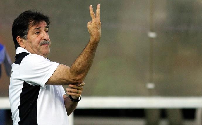Rene Simões Botafogo x Cabofriense (Foto: Vitor Silva / SSPress)