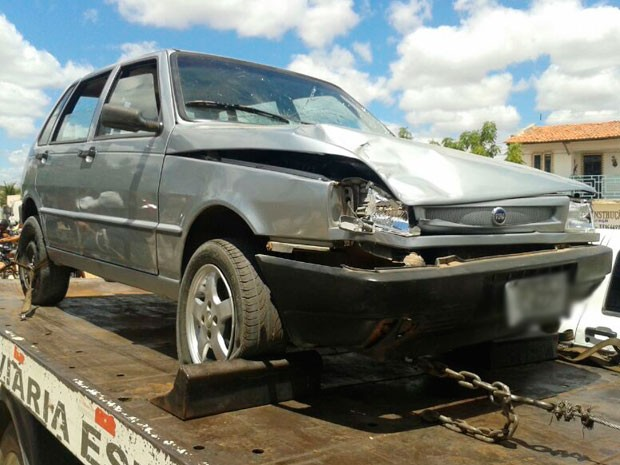 Veículo foi apreendido e rebocado para perícia técnica em Mossoró (Foto: Divulgação/Polícia Militar do RN)