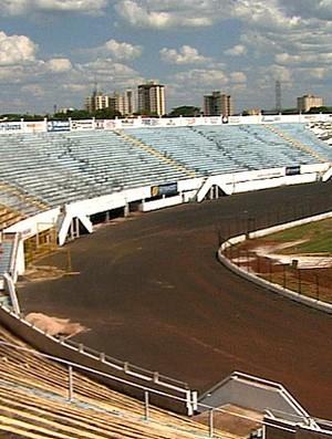 Estádio Palma Travassos, do Comercial de Ribeirão Preto (Foto: reprodução / EPTV)