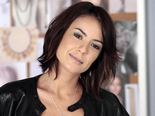 Andreia Horta elogia fofura da pequena Nathália Costa em A Teia (Foto: Gshow)