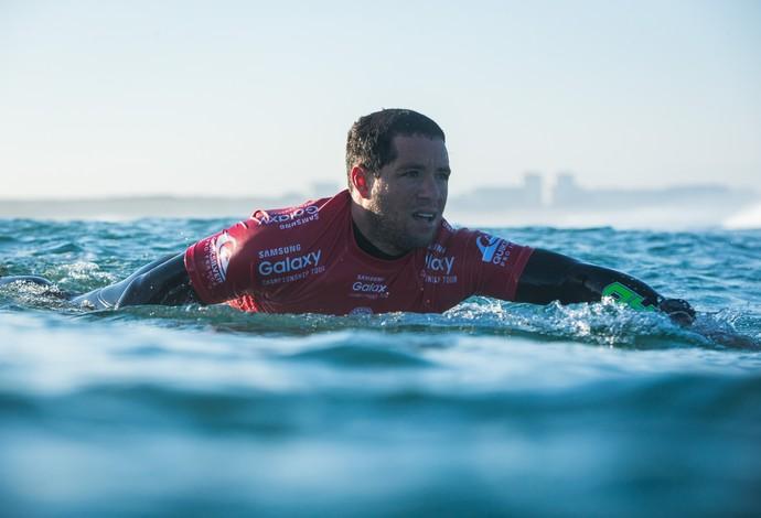 Adriano de Souza, o Mineirinho, em ação na etapa de Hossegor do Mundial de Surfe (Foto: Divulgação)