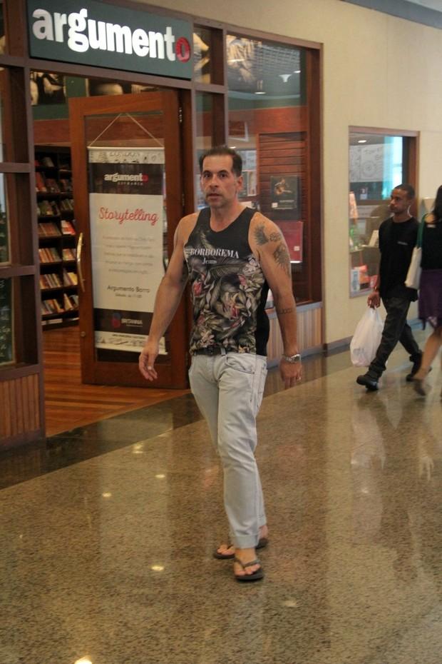 Leandro Hassum no shopping (Foto: agnews)