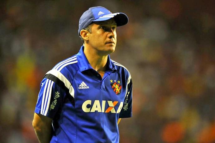 Eduardo Baptista Sport x Vitória Série A (Foto: Aldo Carneiro / Pernambuco Press)