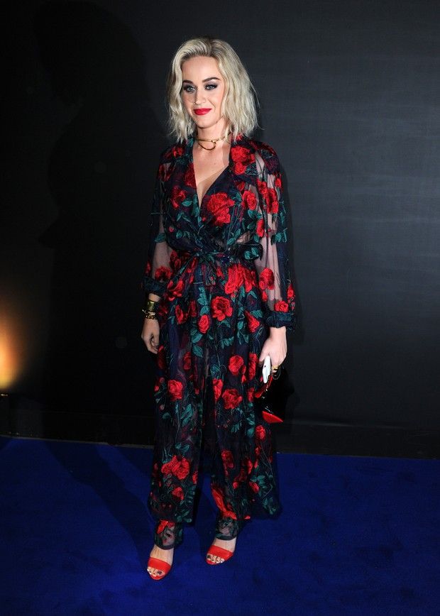 Katy Perry em festa em Londres, na Inglaterra (Foto: Eamonn M. McCormack/ Getty Images)