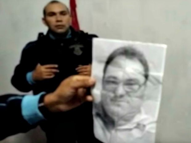 Foto de radialista foi encontrada na residência de casal suspeito (Foto: Camocim Polícia 24h)