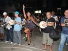 Suzana Pires e Quitéria Chagas usam vestidos em ensaio no Rio