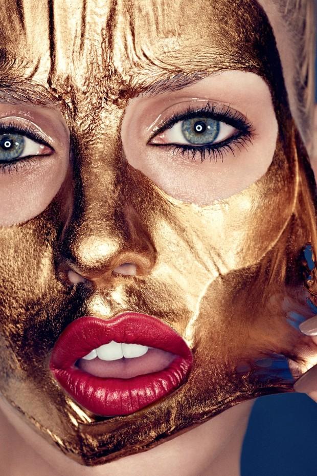 A máscara facial ideal para antes e depois das festas de fim de ano  (Foto: Allure Russia)