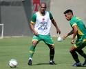 Após uma semana, Rodrigo volta a treinar no Vasco na segunda