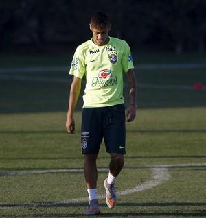 Neymar - treino - Brasil x Venezuela (Foto: Reuters)
