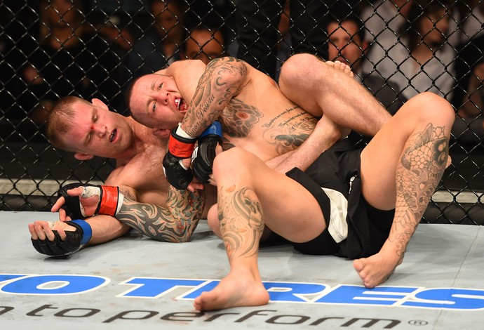 Evan Dunham Ross Pearson UFC Glasgow (Foto: Getty Images)