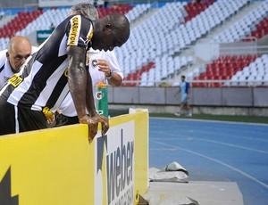 seedorf Botafogo x Atlético-GO (Foto: Dhavid Normando/Futura Press/Agência Estado)