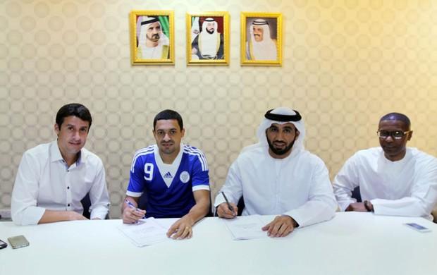 Eder luis al-nasr assinatura do contrato (Foto: Reprodução / Facebook)