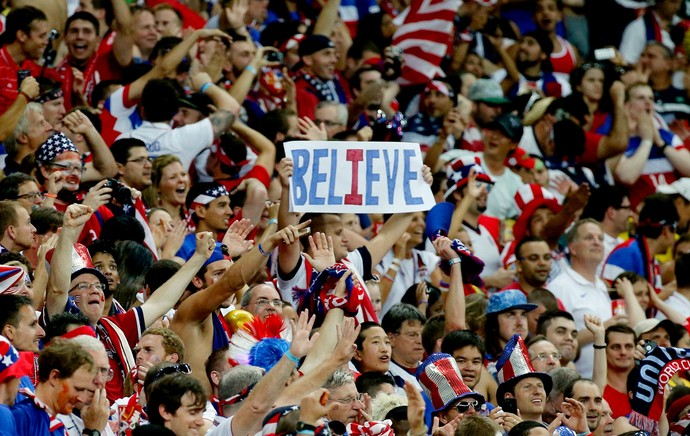 torcida dos Estados Unidos jogo Portugal (Foto: Reuters)