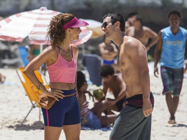 Gabriel interpreta Luis Fernando e Camila Pitanga vive Regina, em nova novela (Foto: Raphael Dias/Gshow)