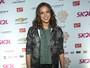 Lollapalooza: Bruna Marquezine chega sorridente, mas ignora imprensa