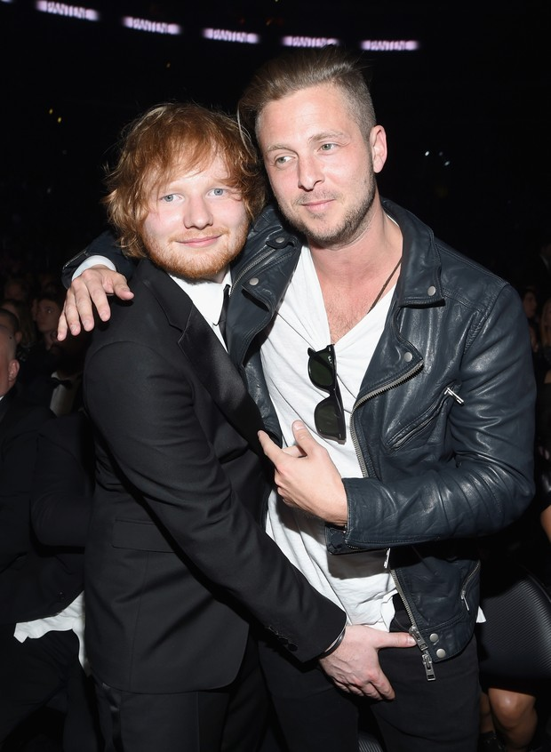 Ed Sheeran e Ryan Tedder, do OneRepublic, no Grammy, em Los Angeles, nos Estados Unidos (Foto: Larry Busacca/ Getty Images/ AFP)