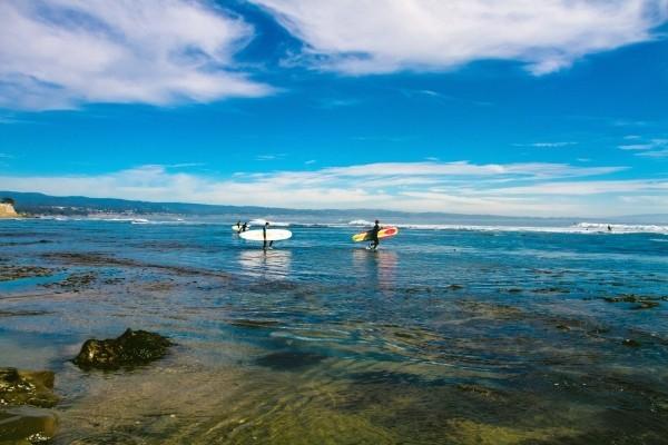 Portugal tem picos incrveis para a prtica do surfe (Foto: Reproduo)