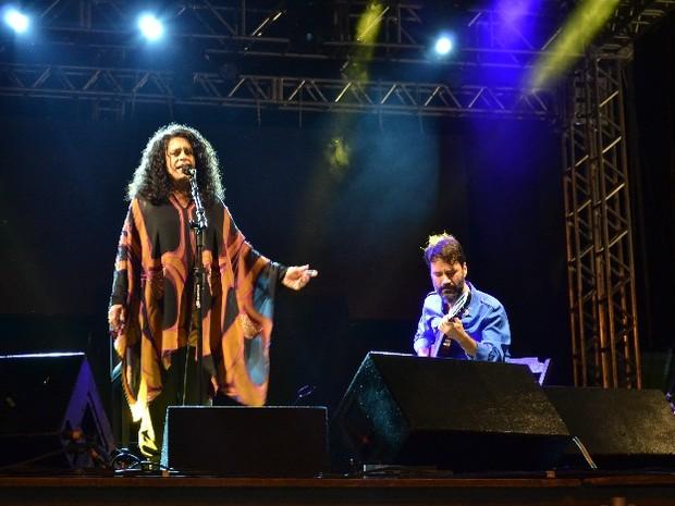 Gal foi a atração principal da segunda noite (Foto: Sales Neto/ Ascom)