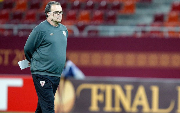 Marcelo Bielsa no treino do Atlhetic Bilbao (Foto: Reuters)