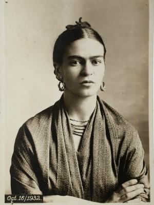 Frida Kahlo por Guillermo Kahlo (1932), do Museu Frida Kahlo (Foto: MON / Divulgação)