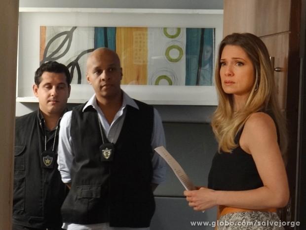 Antonia recebe ordem de prisão (Foto: Salve Jorge/TV Globo)