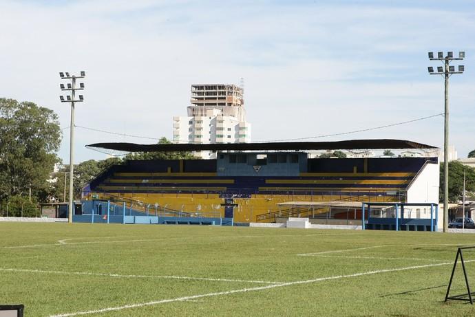 Estádio Airton Borges Uberlândia (Foto: Araípedez Luz/Secom/PMU)