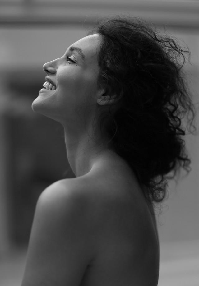 Débora Nascimento (Foto: Reprodução/www.deboranascimento.com)