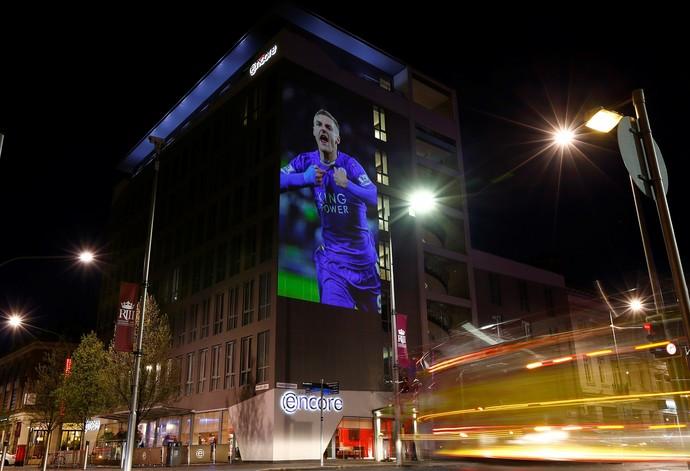 Campanha deixa Leicester toda de azul Vardy (Foto: Reuters)