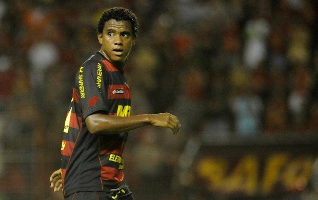 rithely sport (Foto: Antônio Carneiro / Pernambuco Press)