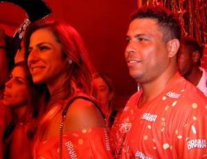 Ronaldo ao lado da nova namorada, Paula Morais (Foto: Cíntia Barlem)