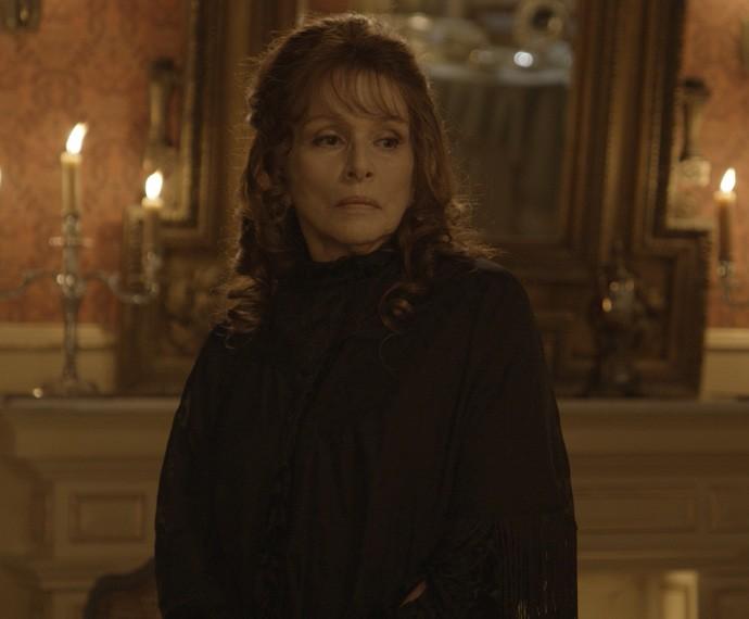 Vitória confessa traição ao Conde Alberto (Foto: TV Globo)
