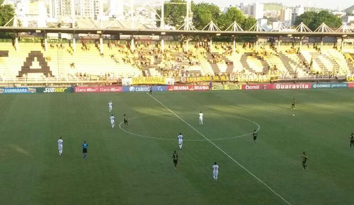 Voltaço e Bangu jogam no Raulino (Foto: Igor Bravo/Fair Play Assessoria)