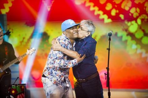 Caetano Veloso e Márcio Victor (Foto: João Miguel Júnior/TV Globo)