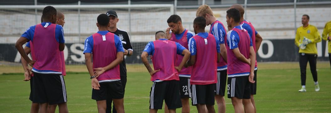 Embalada por vitória, Ponte começa preparação para enfrentar o Corinthians na capital paulista (Heitor Esmeriz)