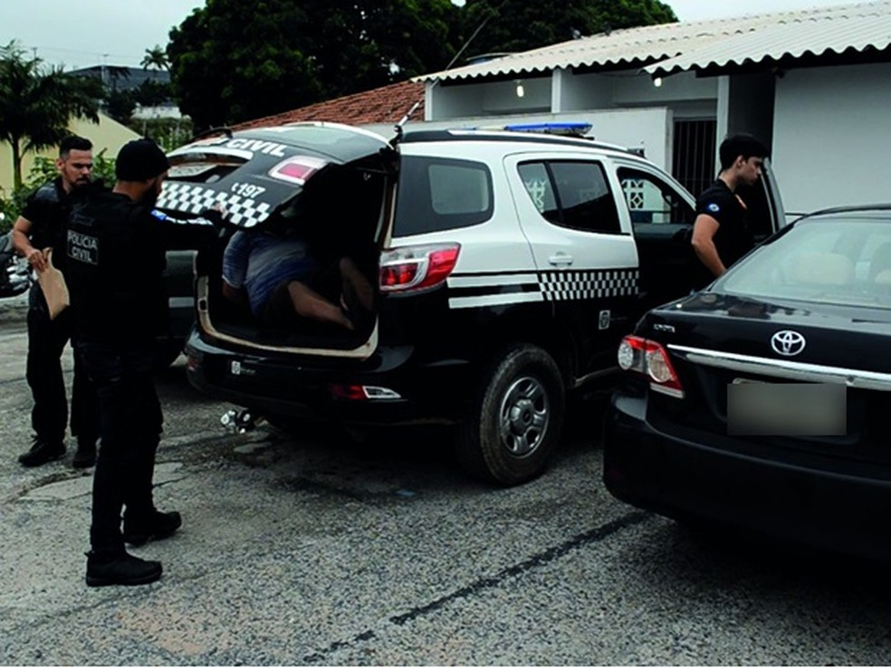 Polícia Civil deflagrou operação para cumprir 15 mandados de prisão preventiva na região metropolitana de Cuiabá (Foto: Polícia Civil de MT/Divulgação)