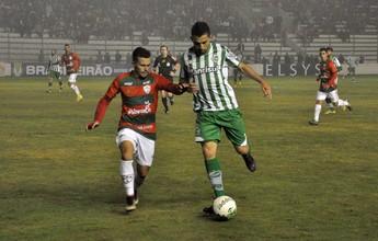 Portuguesa aproveita bola aérea e vence o Juventude fora de casa
