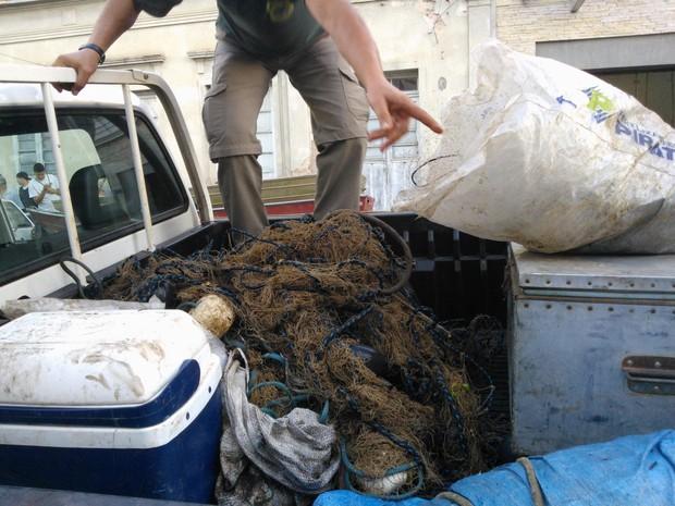 Ibama faz operação contra caça ilegal em Alegrete (Foto: Ronaldo de Oliveira/RBS TV)